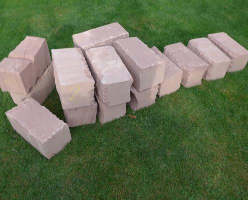 Trockenmauer Sandsteine